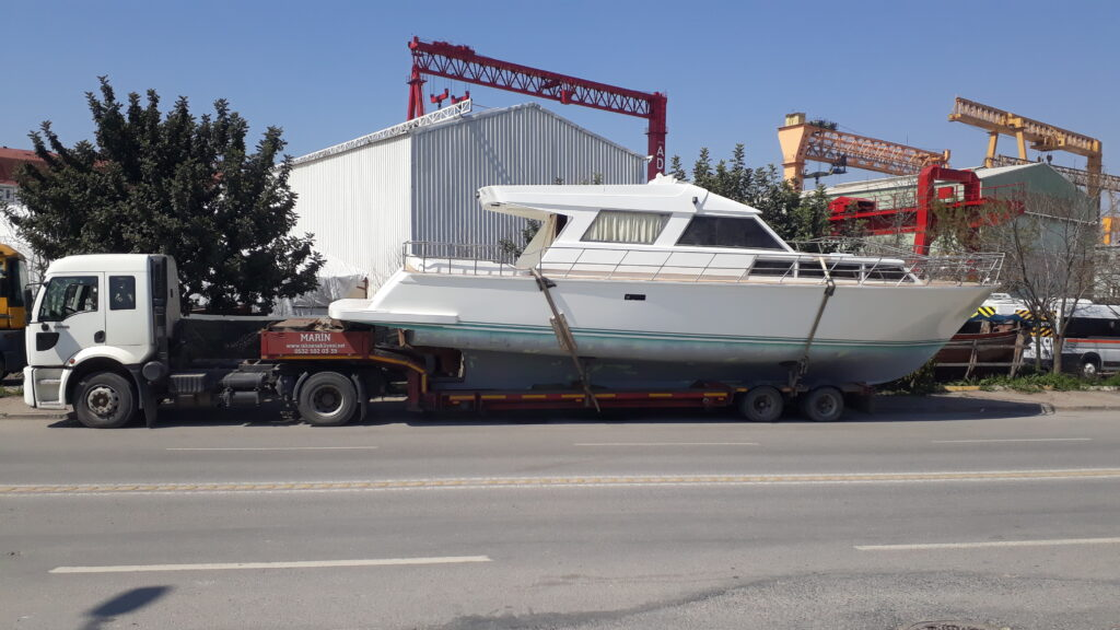 Tekne Çekici Taşıma